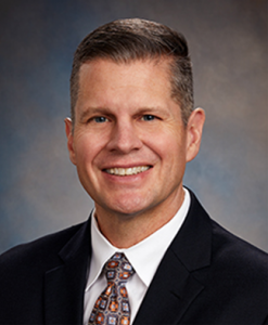 Headshot of spine surgery specialist Jeffrey S. Henn, MD